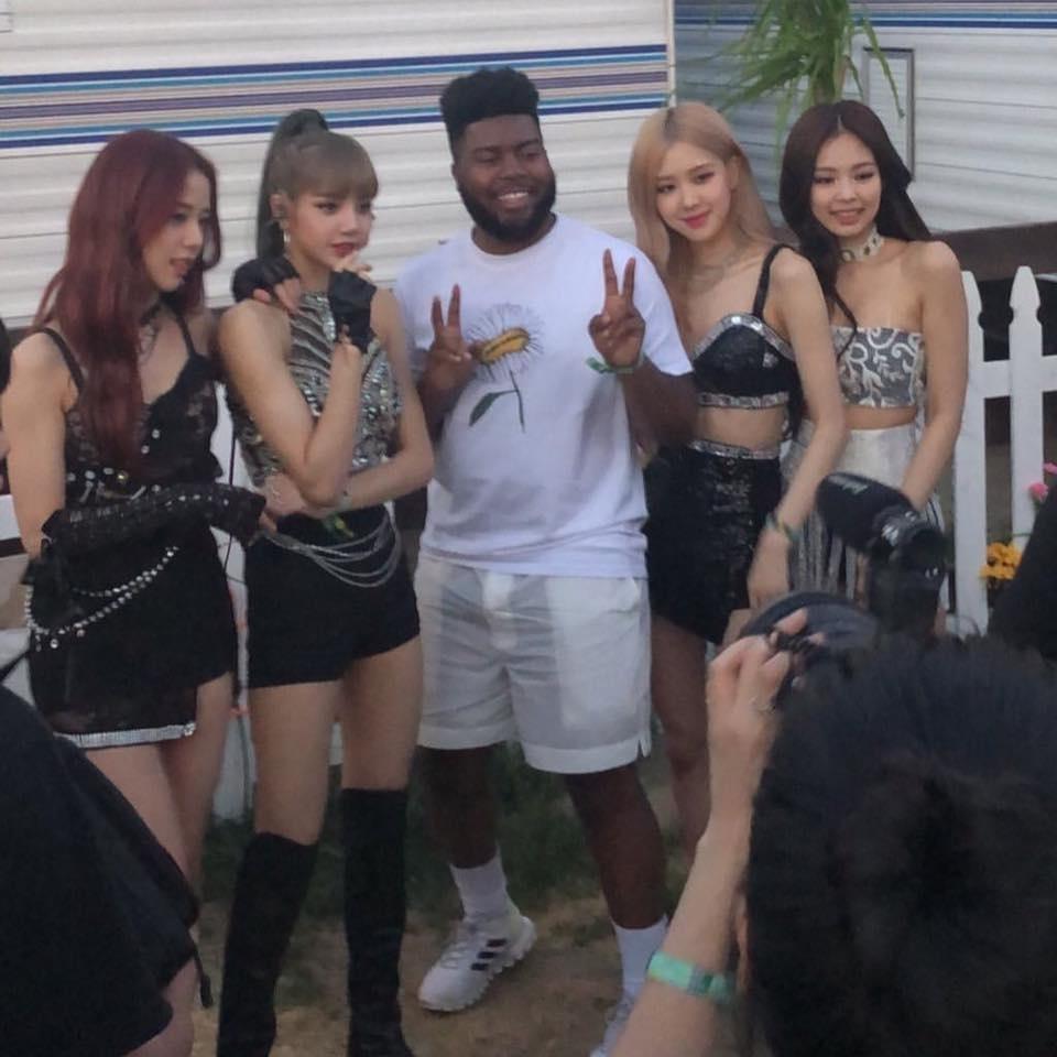 Coachella tuần 2: BLACKPINK hóa những cô gái Mỹ máu lửa và phóng khoáng, biểu diễn sung không kém tuần đầu