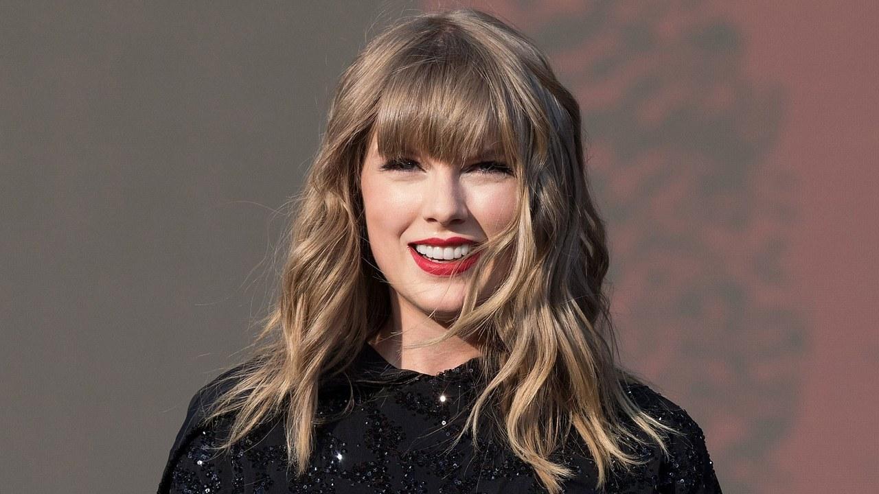 Tung ảnh nhá hàng thơ mộng, Taylor Swift sẽ hồi sinh công chúa nhạc đồng quê?