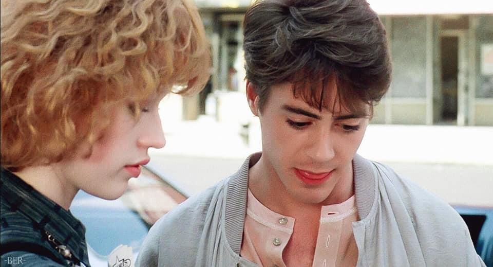 Vẻ đẹp của Iron Man Robert Downey Jr năm 22 tuổi: Đẹp trai lãng tử nhìn là yêu luôn