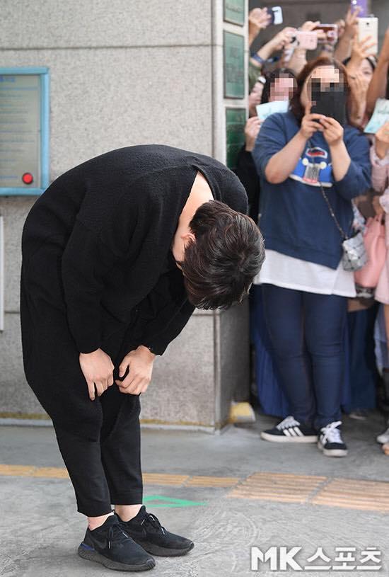 Thành viên cuối cùng của Super Junior xuất ngũ: Sau 9 năm, chúng ta không còn phải chờ đợi nữa
