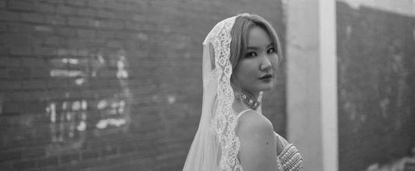 Teaser MV ME&YOU: Fan nổi da gà khi EXID hóa thân thành những cô dâu xinh đẹp và lạnh lùng