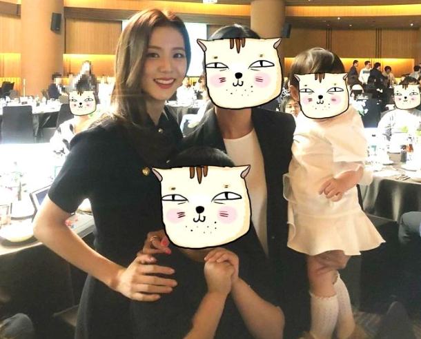 Dự đám cưới anh trai Jisoo, BLACKPINK chiếm toàn bộ spotlight vì giản dị mà vẫn quá xinh đẹp