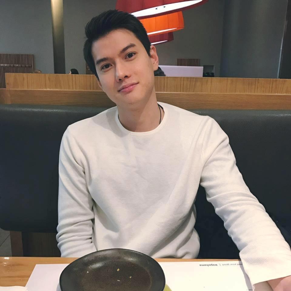 Hari Won khoe ảnh chụp cùng em trai soái ca ở Mỹ khiến người hâm mộ thích thú