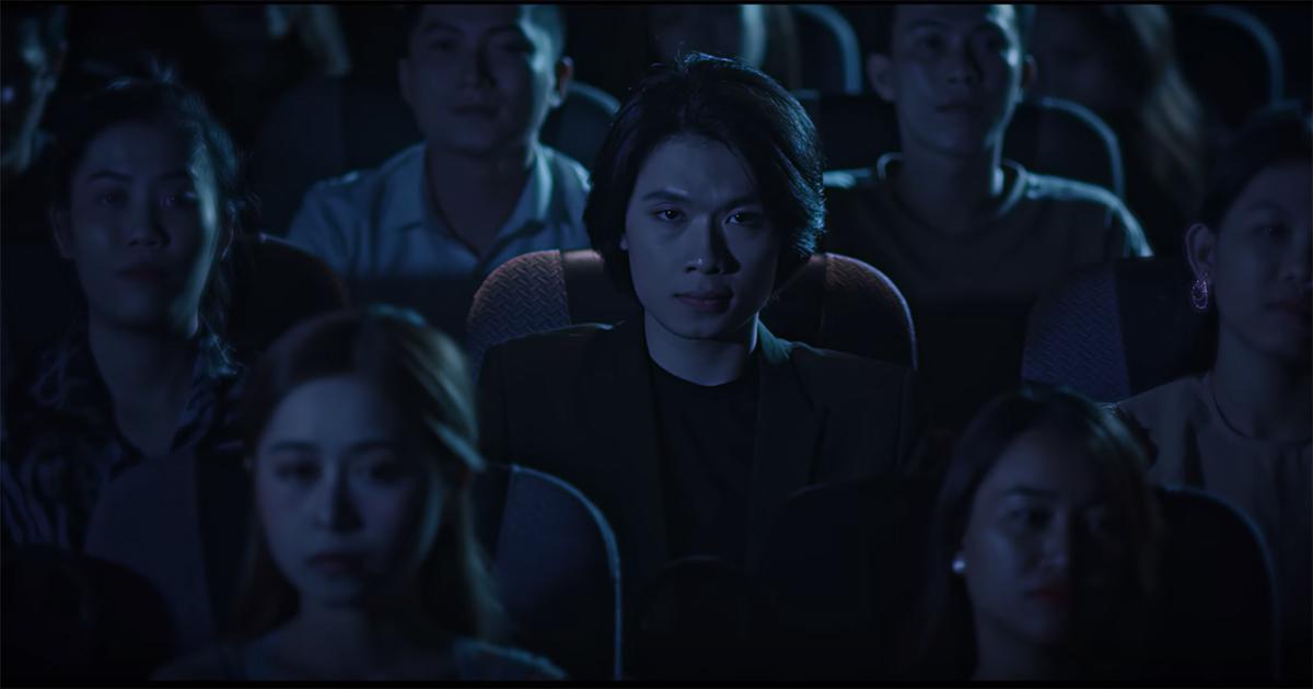"""Quang Trung """"nhá hàng"""" MV mới, chính thức lấn sân sang âm nhạc"""