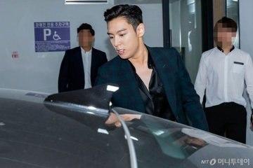 T.O.P (Big Bang) chính thức xuất ngũ, cực điển trai ngày trở về trong vòng tay fan