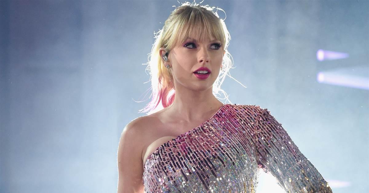 Taylor Swift dành cả thanh xuân để giải quyết kiện tụng: Từ xù tiền hợp đồng, quịt cát sê đến đạo nhạc