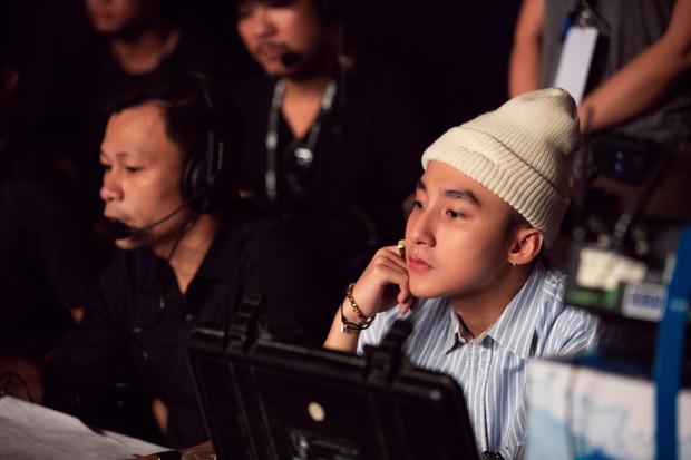Những hình ảnh đầu tiên từ buổi tổng duyệt Sky Tour: Sân khấu debut Hãy Trao Cho Anh sẽ vô cùng cầu kì, hoành tráng!