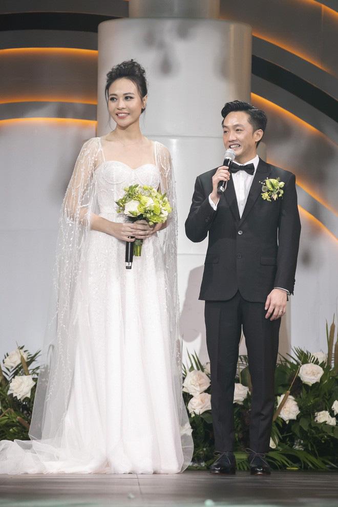 Đàm Thu Trang tiết lộ lần đầu gặp nhau và câu chuyện tình yêu như ngôn tình với Cường Đô La bằng cách siêu đáng yêu thế này đây!