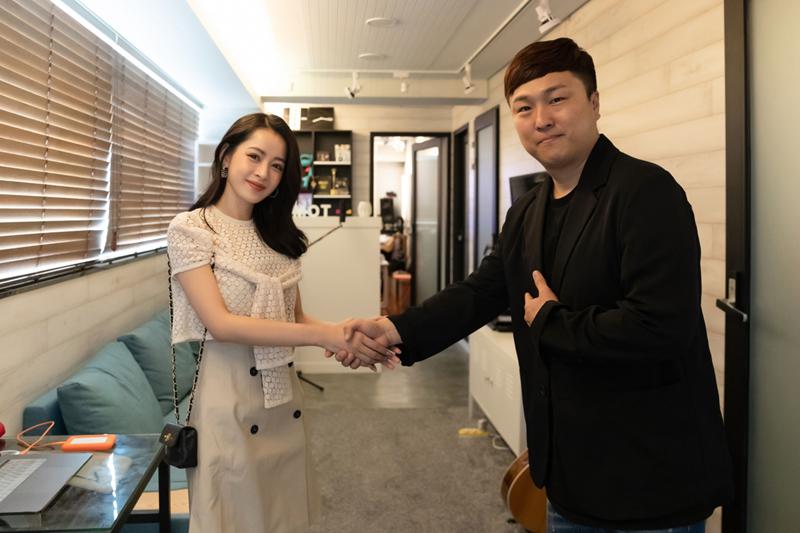 Chi Pu bất ngờ được loạt báo lớn xứ Hàn đưa tin về màn comeback, được gọi là Kim Tae Hee Việt Nam