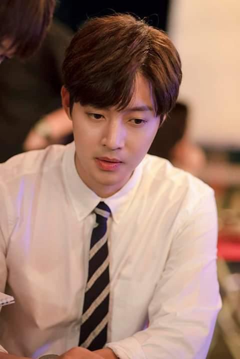 Soái ca Vườn sao băng Kim Hyun Joong tung ảnh nhá hàng siêu điển trai cho sản phẩm comeback