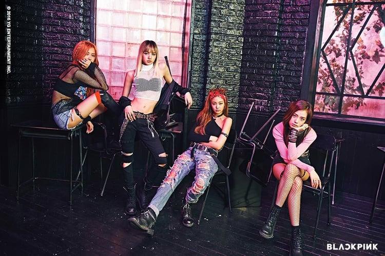 Hành trình 3 năm của BLACKPINK: Từ đàn em 2NE1 đến nữ hoàng YouTube Kpop thế hệ thứ 3