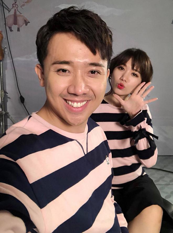 Hari Won diện bikini gợi cảm đóng MV mới, Trấn Thành tạt gáo nước lạnh: Yêu quái phương nào đây?