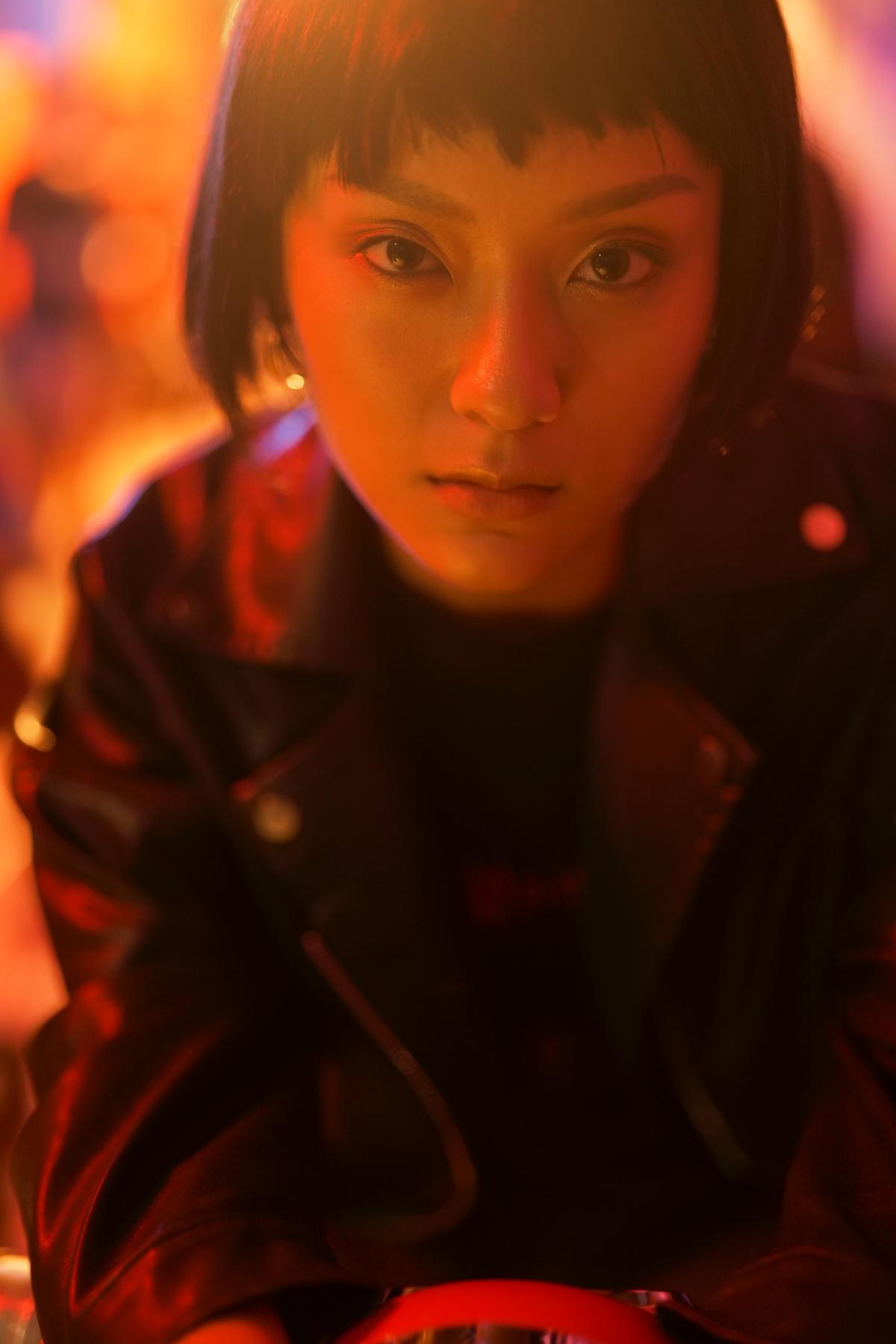 Nhạc hay, MV chất, sản phẩm kết hợp của Da LAB và Tóc Tiên đạt top 1 trending YouTube