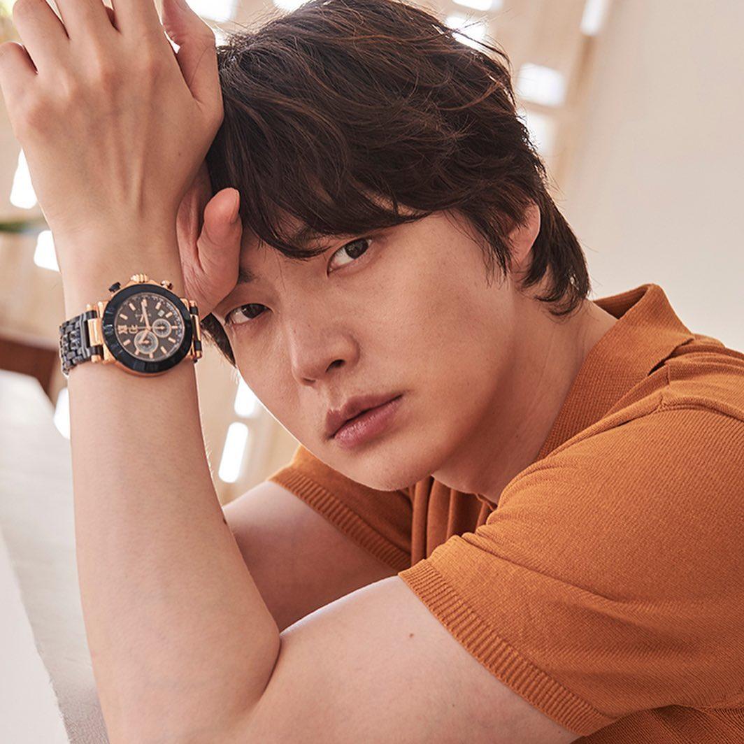 Hậu ồn ào ly hôn, Ahn Jae Hyun tự rút lui khỏi show truyền hình ăn khách