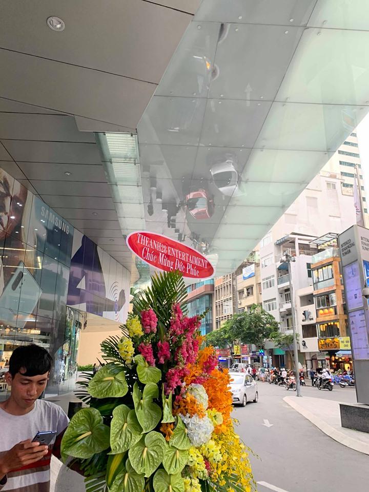 Quản lý Hương Ly xin lỗi Đức Phúc sau loạt scandal lộng ngôn