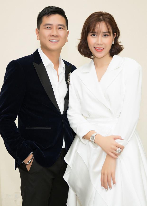 Lưu Hương Giang đăng trạng thái đầy ẩn ý ngày 20/10 sau tin đồn ly hôn Hồ Hoài Anh