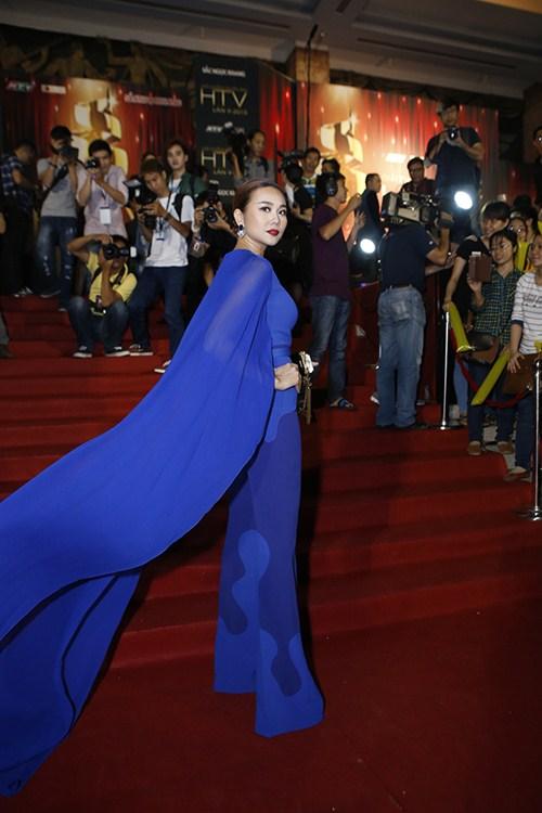 """Siêu mẫu Thanh Hằng được vinh danh""""Fashion Icon - Biểu tượng thời trang Việt"""