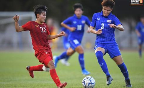 [Chung kết bóng đá nữ SEA Games 30] Việt Nam 1-0 Thái Lan: VÀO!!! Hải Yến ghi bàn cho các cô gái Việt Nam!!