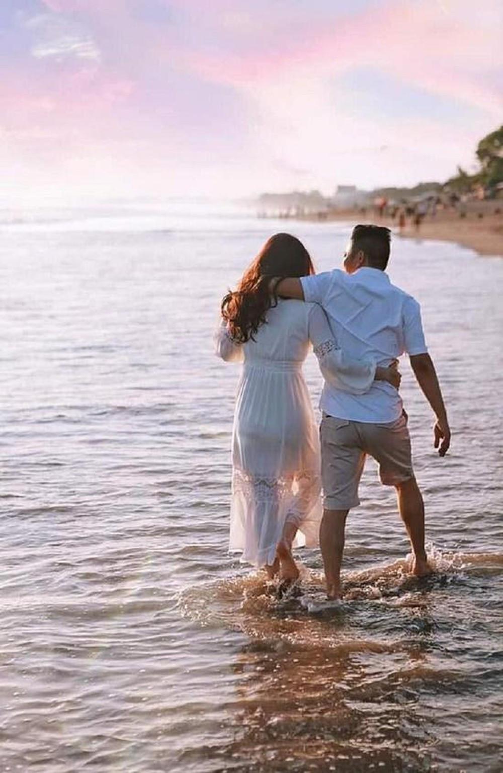 Bảo Thy tự tin mặc bikini thả dáng giữa biển, khoe body gợi cảm đáng mơ ước
