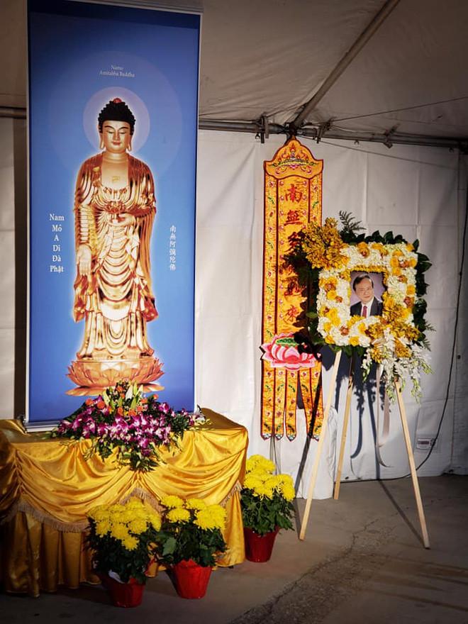 Những hình ảnh đầu tiên tại tang lễ nhạc sĩ Lam Phương ở Mỹ