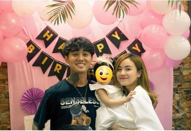 Lộ ảnh Đạt G dự tiệc sinh nhật con gái Cindy Lư cuối năm 2020, có mối quan hệ thân thiết với gia đình bạn gái?