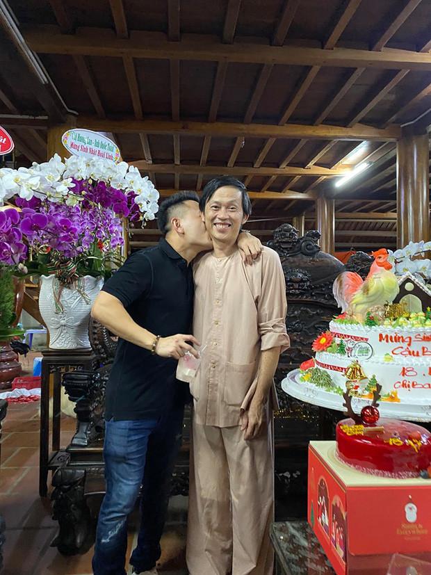 MXH rộ tin Võ Lê Thành Vinh không phải con trai ruột của NS Hoài Linh, chính chủ có động thái đầu tiên trên MXH