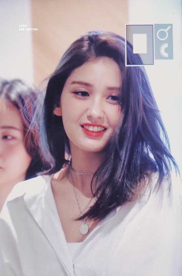 Rời JPY, bông hồng lai Jeon Somi xinh đẹp hơn xưa, hai từ thiên thần vẫn chưa xứng tầm