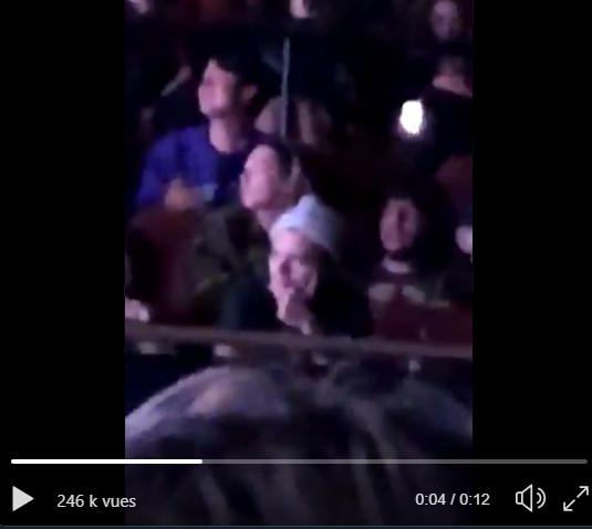 Sớm dè bỉu ế vé ở dome tour Mỹ, Knet trố mắt nhìn loạt sao US UK đình đám tham dự concert của BlackPink
