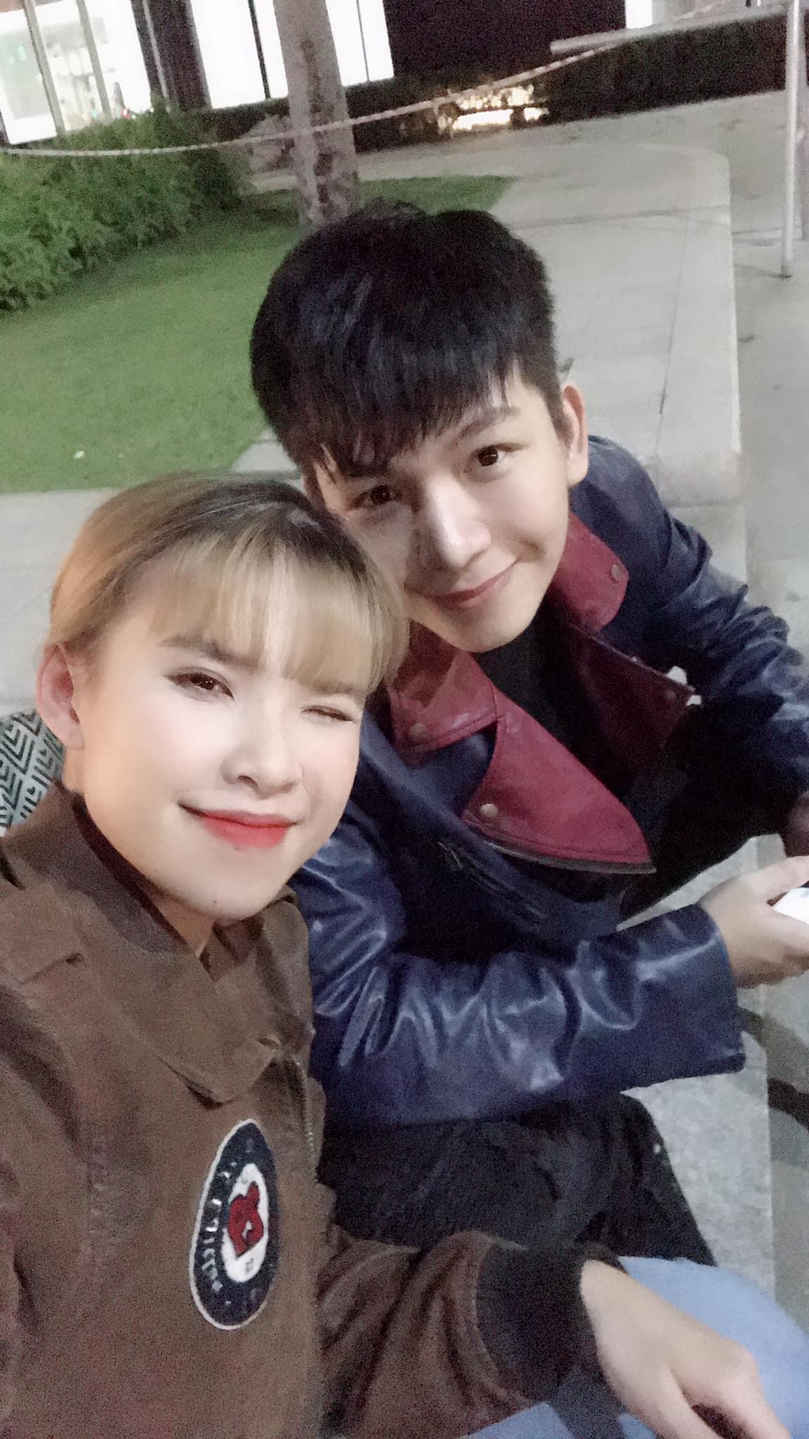 Ngọt ngào như cặp vợ chồng son, Khởi My - Kelvin Khánh chia sẻ kỉ niệm 2 năm ngày cưới nhưng cứ tưởng mới 2 tháng