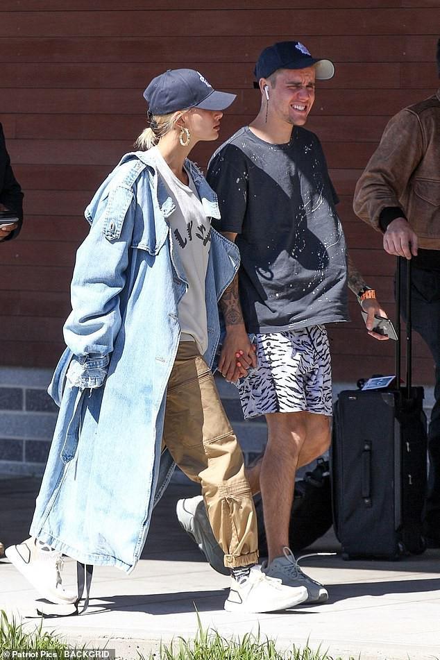 Làm gì có chuyện vương vấn tình cũ, Justin Bieber và phu nhân Hailey còn sợ chưa đủ ngọt ngào đây này!