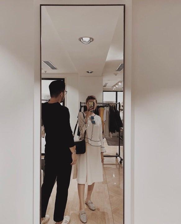 Hoàng tử indie Thái Vũ cuối cùng cũng  cầu hôn bạn gái - con gái duy nhất của giám đốc Christian Dior Việt Nam