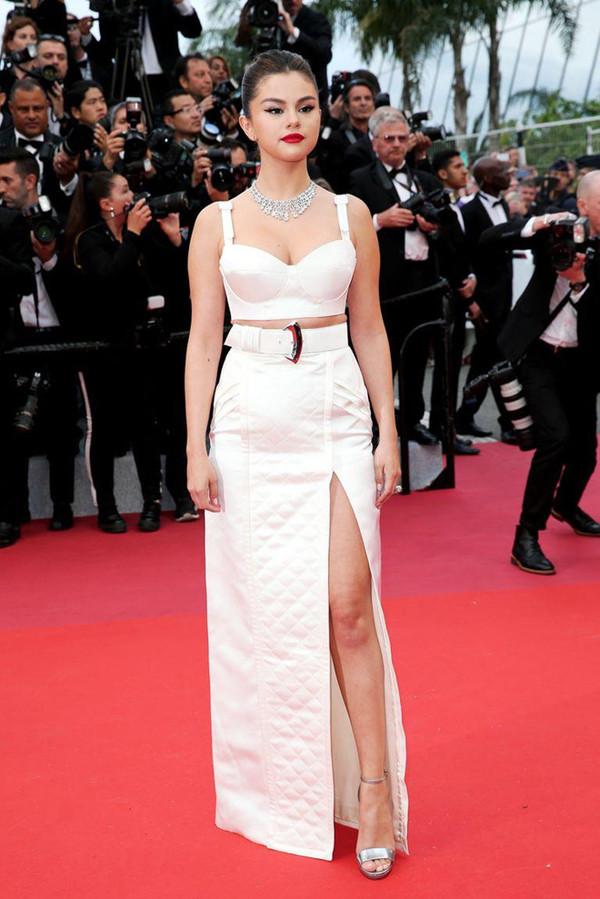 Selena Gomez, Jessica cùng hàng loạt sao châu Á khoe dáng trên thảm đỏ LHP Cannes
