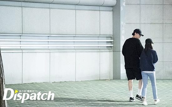 Trời ơi tin được không? Người yêu bí mật của chú So Ji Sub thì ra là nam nữ diễn viên BB Trần