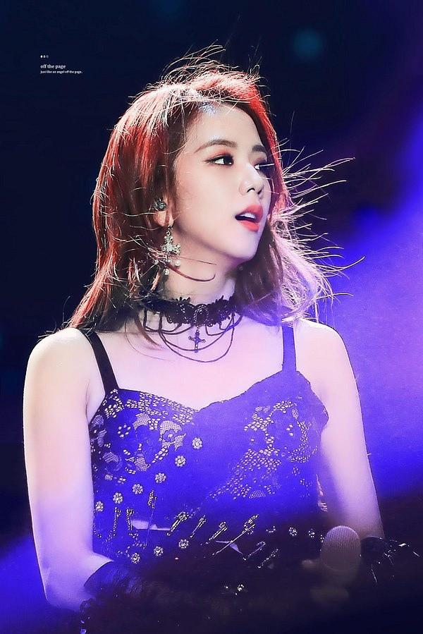 Knet bình luận Jisoo (BlackPink) phải thuộc SM hay JYP, Yeri (Red Velvet) không nổi trội khi các thành viên này bị cho là dư thừa trong nhóm