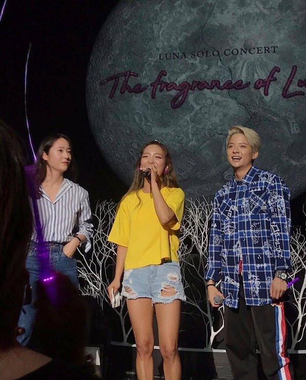 Krystal và Amber bất ngờ xuất hiện trong concert của Luna, động thái cho thấy f(x) sắp tái hợp