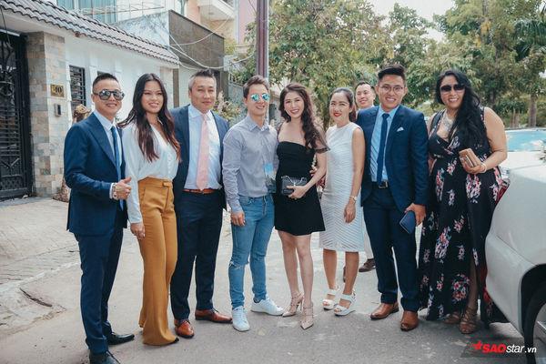 Chú rể Dương Khắc Linh một lần chơi lớn xem cô dâu Sara Lưu có trầm trồ: Huy động tận 20 chiếc xe hoa cùng dàn tráp tinh xảo cho nàng