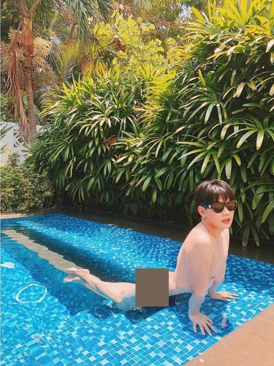 Sao Việt tuần qua: Trấn Thành checkin cùng bà Tân Vlog, Đào Bá Lộc tung ảnh nude thả dáng tại hồ bơi