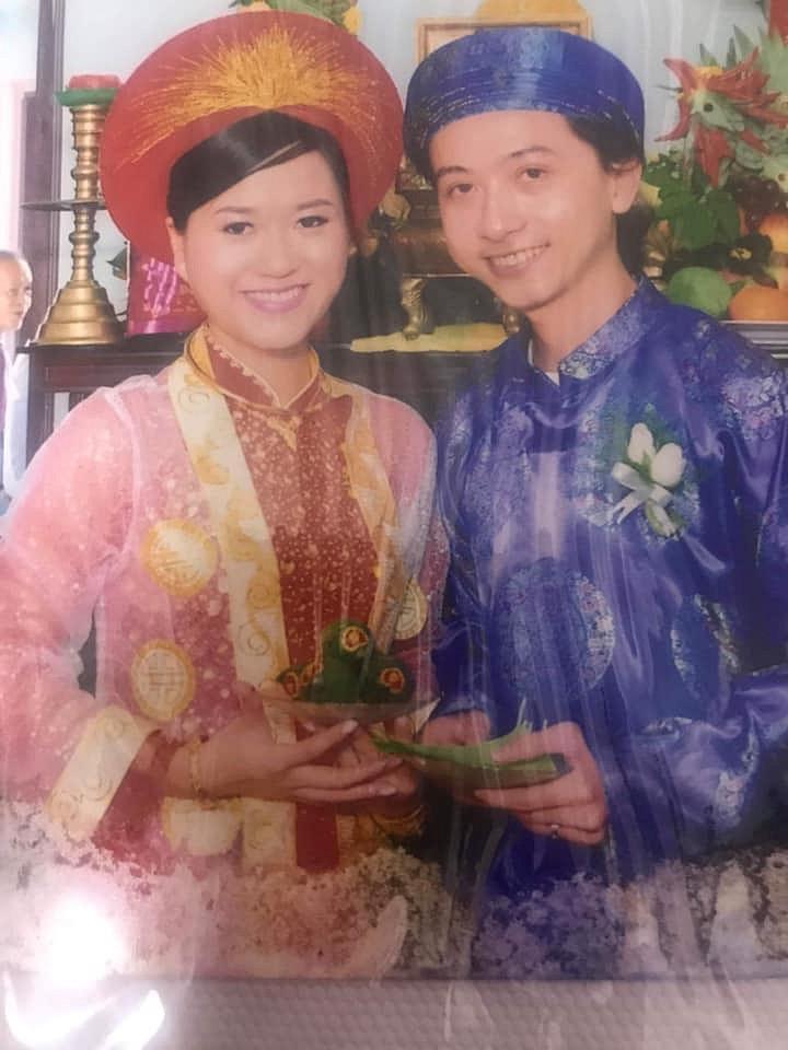 Hứa Minh Đạt khoe ảnh cưới 9 năm trước, cả gan thừa nhận Bắt sư tử về ở chung