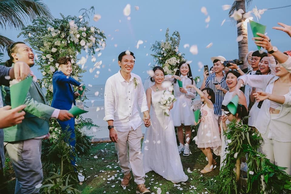 Nhờ tấm hình này, fan có dịp đẩy lại thuyền cũ Miu Lê - Ngô Kiến Huy