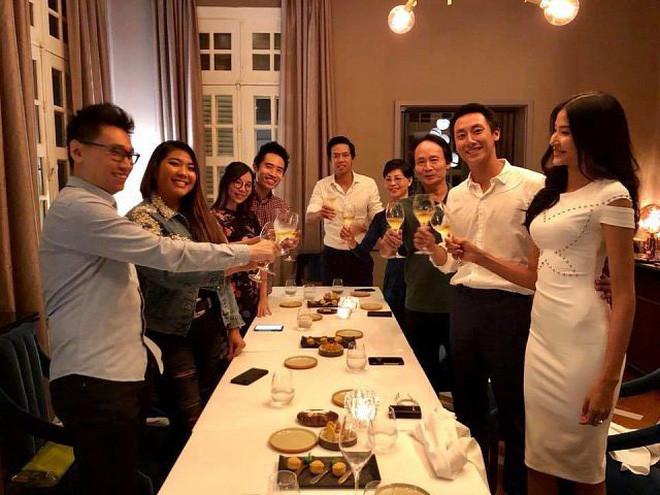 Rocker Nguyễn và Hoàng Thuỳ cosplay Shawn và Camila tại Việt Nam, khẳng định 2 người chỉ là bạn tốt?