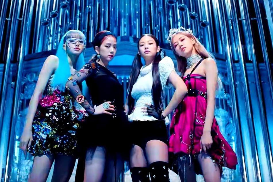 Cổ phiếu YG rớt giá thấp kỉ lục, BlackPink được fan khẩn cấp triệu hồi comeback cứu công ty