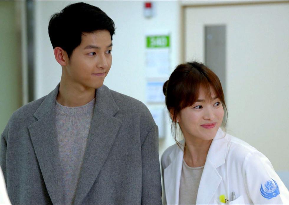 Song Joong Ki và Song Hye Kyo chính thức đường ai nấy đi, khối tài sản chung khổng lồ quyết định không chia đôi
