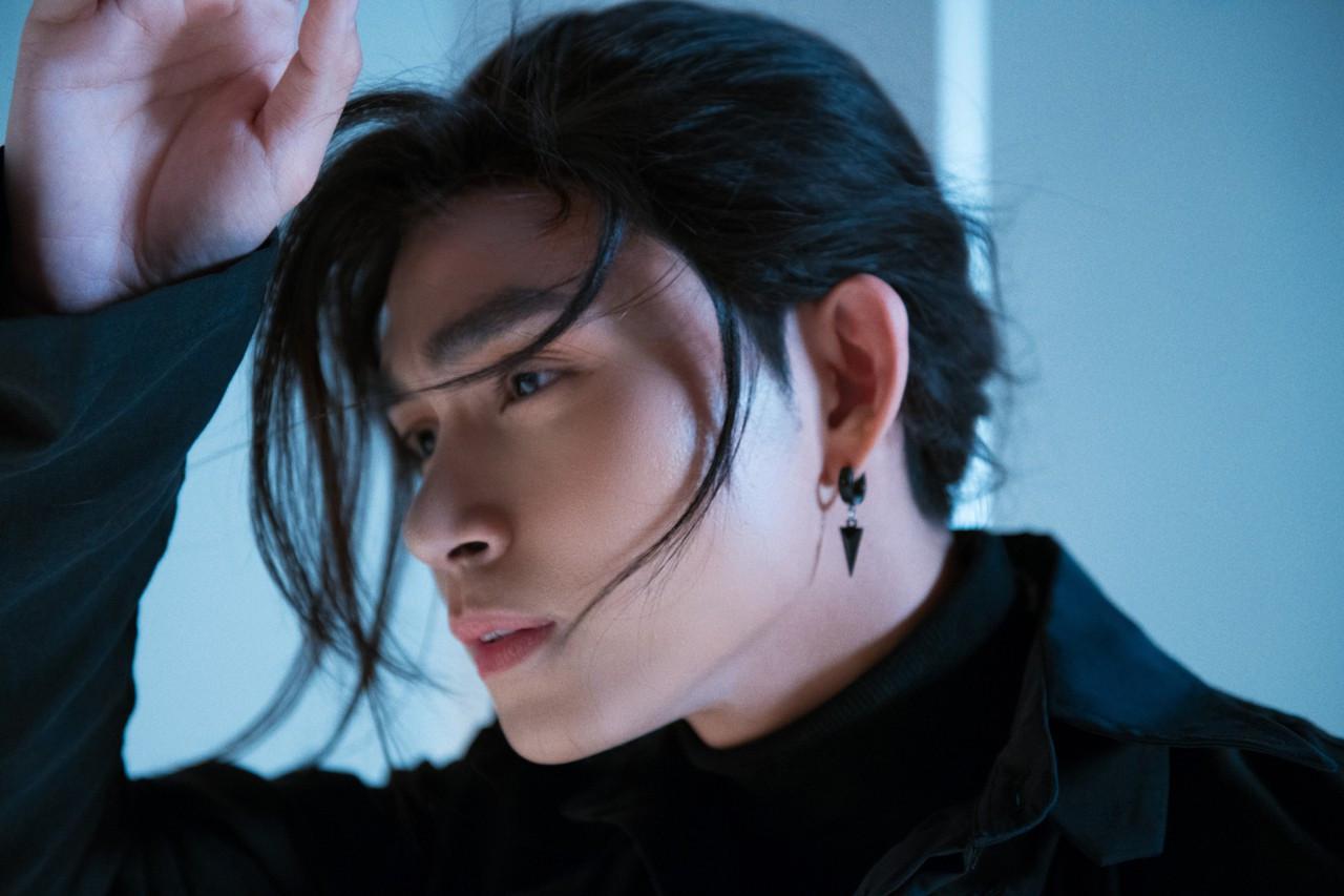 Kết thúc Running man, Jun Phạm hóa thành kiếm sĩ Nhật ra mắt sản phẩm âm nhạc mới