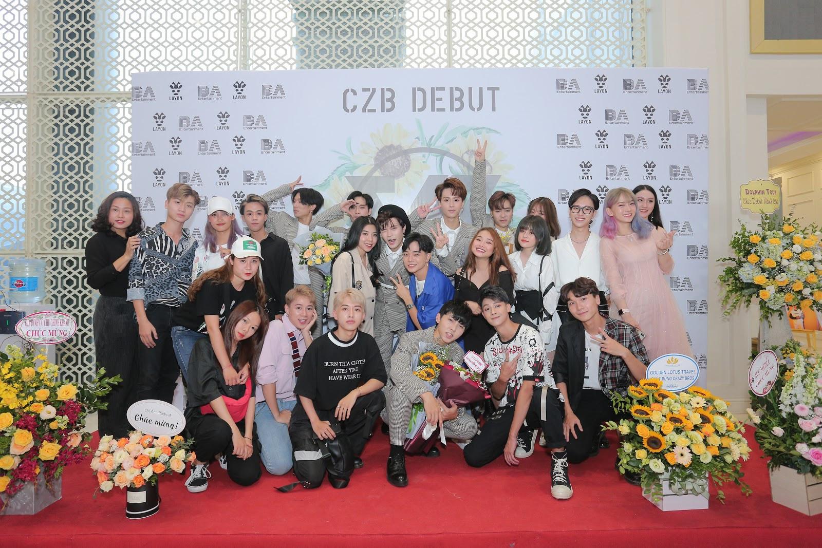 Dàn khách mời đặc biệt hội tụ trong họp báo mừng nhóm CZB chính thức ra mắt