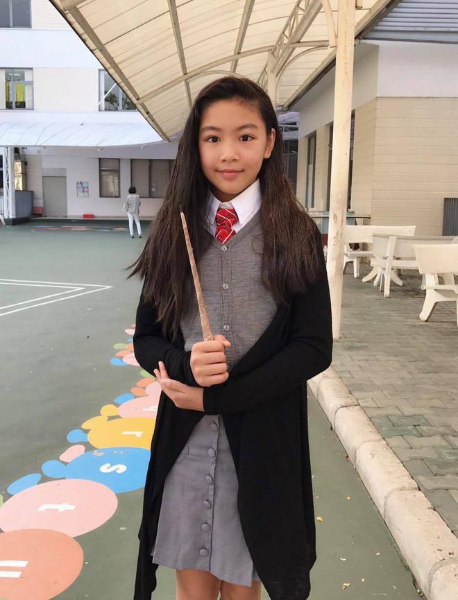 Con gái MC Quyền Linh và con gái nghệ sĩ Chiều Xuân: Ngang tuổi nhau nhưng theo đuổi 2 phong cách trái ngược