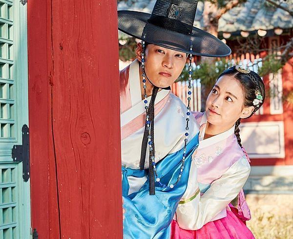 Bạn diễn của Ahn Jae Hyun tuyên bố sẽ kiện Goo Hye Sun trước tố cáo tiểu tam giựt chồng