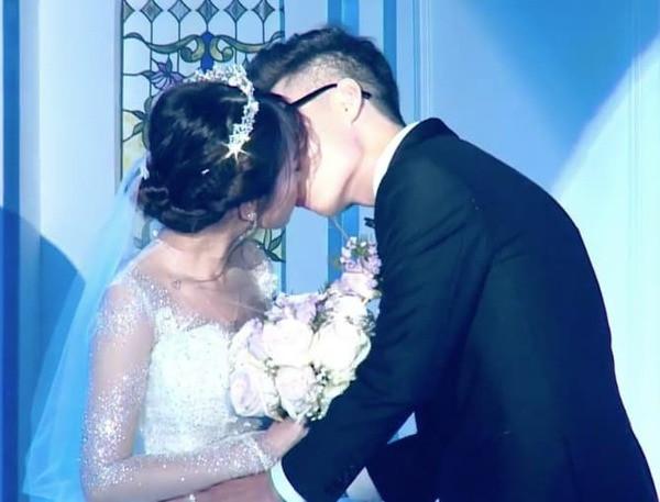 Trấn Thành đích thân làm MC trong buổi tiệc cưới của ái nữ con gái đại gia Minh Nhựa
