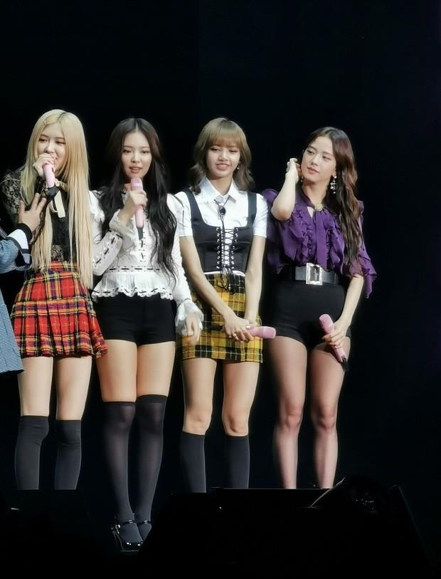 Jennie tiết lộ về kế hoạch comeback, các fan dự đoán thời điểm sẽ rơi vào tháng 11 cuối năm nay