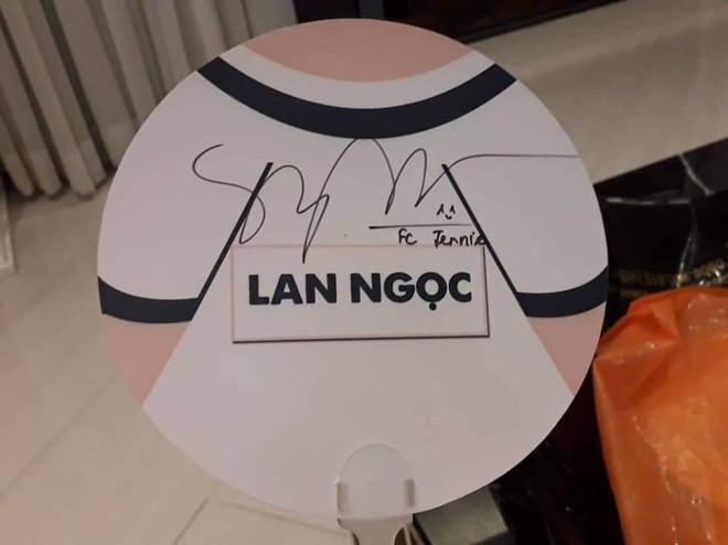 Ninh Dương Lan Ngọc lộ nguyên hình fangirl của Jennie: Hát Solo, livestream tặng card BlackPink