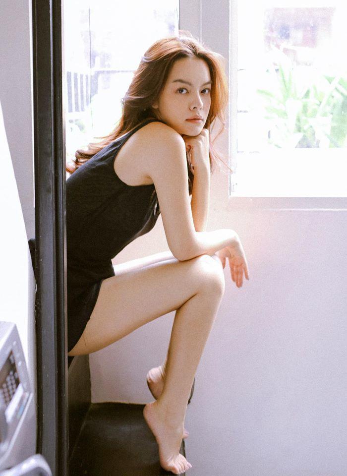 Sau ly hôn, Phạm Quỳnh Anh mua nhà tậu xe, sống hạnh phúc với các con và hòa đồng với chồng cũ